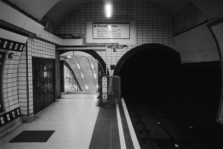 Piccadilly Line 1200